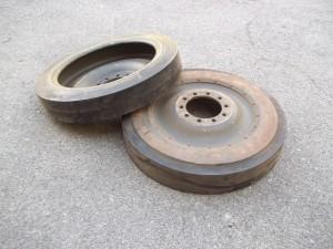 Ruotini di rotolamento per cingoli M-113